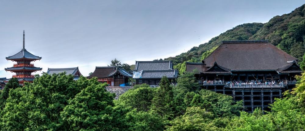 kiyomizu-dera-temple-kyoto-japan-161150